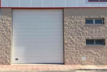 Puerta Seccional Garage