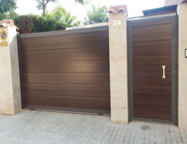 Puerta corredera chalet